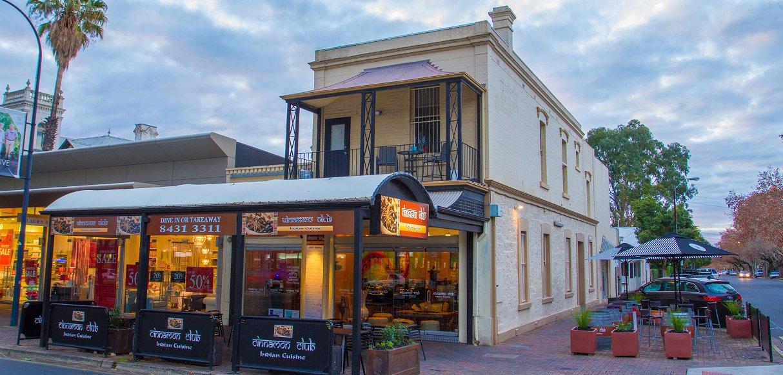 Restaurant_Front-1214x582