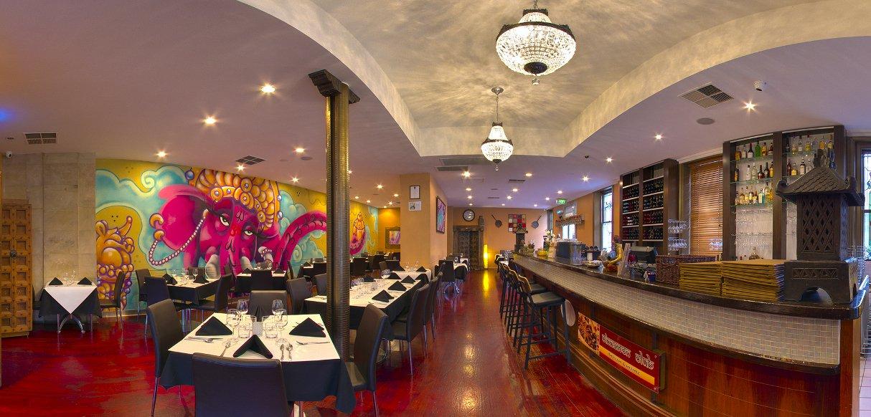 Restaurant-1214x582